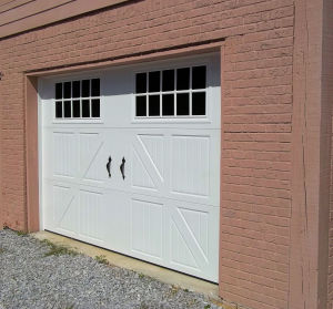 Classica Carriagehouse Garage Door