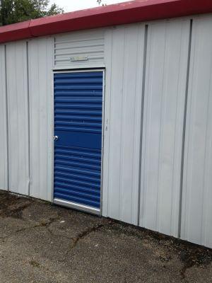 Swinging Mini warehouse door unit